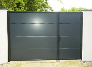 Lemez kerítés - Aluferrinox kft.